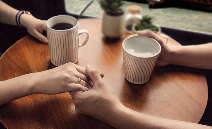 器十二原创 纯手工刻线陶瓷水杯 马卡龙色系情侣水杯 咖啡杯