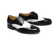 经典的黑白搭配的手工订制鞋