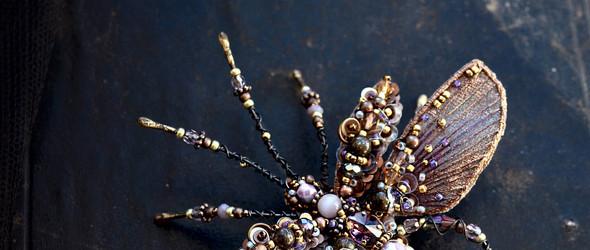 高贵典雅大方的昆虫造型胸针 - 拉脱维亚手工艺人Agija Rezcova作品集