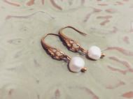 Venus&Felice 雅典娜的珍珠—黃銅鏤空珍珠耳環(可改夾式)