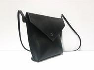 HIPI原创设计手工品牌    黑色小斜跨包