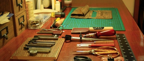 手工皮具教程:超完整的简易长款钱包财布(疯马皮)制作教程