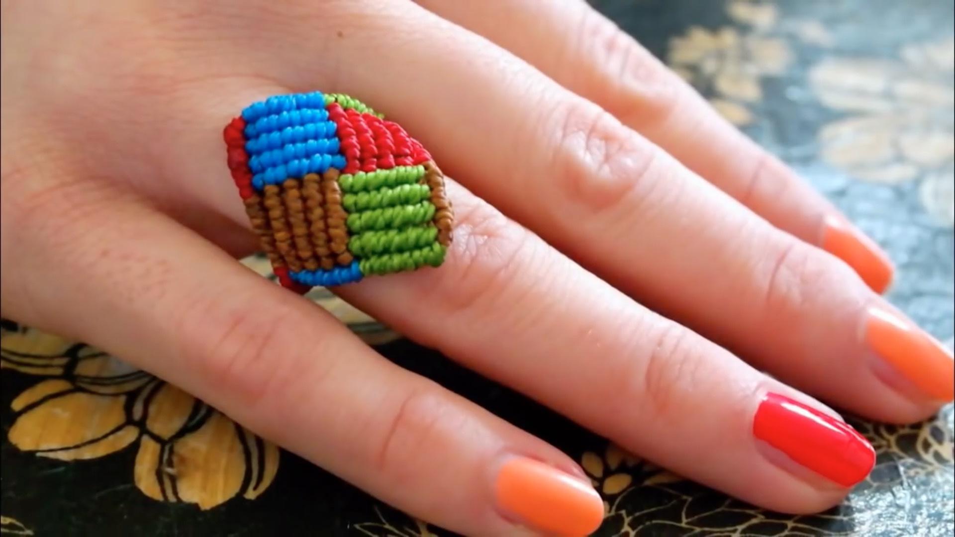 Macrame:拼色的绳编方形戒指视频手工教程
