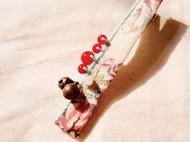 日式山茶花形染棉麻底布边侧缝红玛瑙铃铛当发卡
