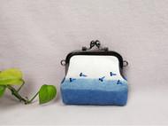 屋檐手工 礼物定制 渐变草木染 刺绣 创意纯棉口金零钱包
