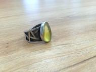 余味设计—【南窗】 原创手工纯银戒指 琥珀原石