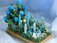 这是一个天空颜色的小花房