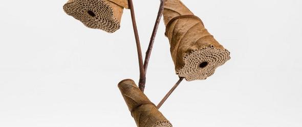 自然与手工的完美缝合 - 艺术家 Susanna Bauer 的钩编干枯树叶雕塑
