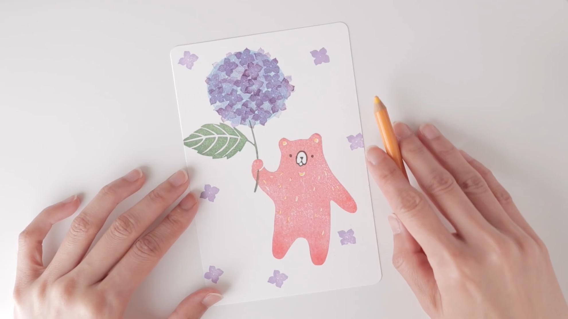 DIY橡皮章雕刻视频:举着绣球花的小熊