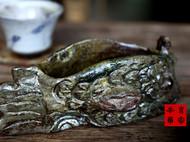 传统龙窑柴烧全手工原创摩羯鱼茶宠渣斗