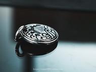 银拓丨独立原创手工银 山海 徽章吊坠 99纯银设计