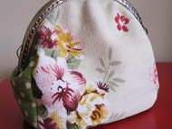 春日系花朵口金包
