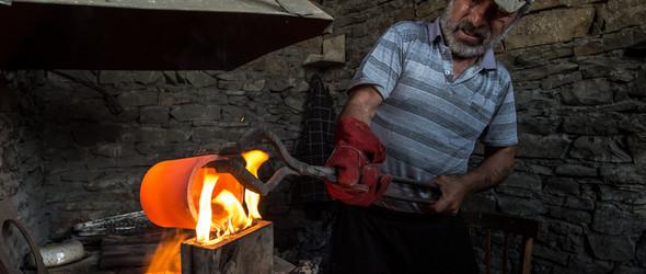 #摄影# 俄罗斯达吉斯坦共和国 Кубачи 地区的传统手工艺作坊