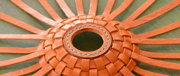 编织皮革灯罩创作过程 / ランプシェードの製作