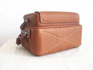 JUSTFREAKSHANDMADE意大利自然摔纹牛皮/人字纹帆布 拼接 箱型单肩/手提两用包