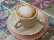 又一格艺术咖啡店