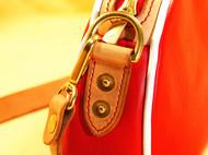 红色女士单肩小挎包
