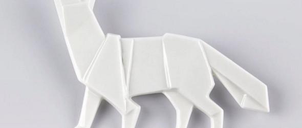看起来像是折纸的陶瓷胸针 | Stehlik design