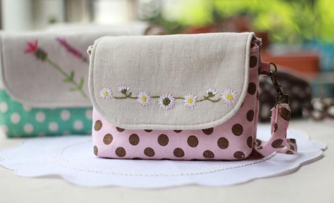 刺绣手拿包——雏菊